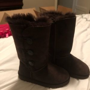 Chocolate brown girls Ugg boots size 2
